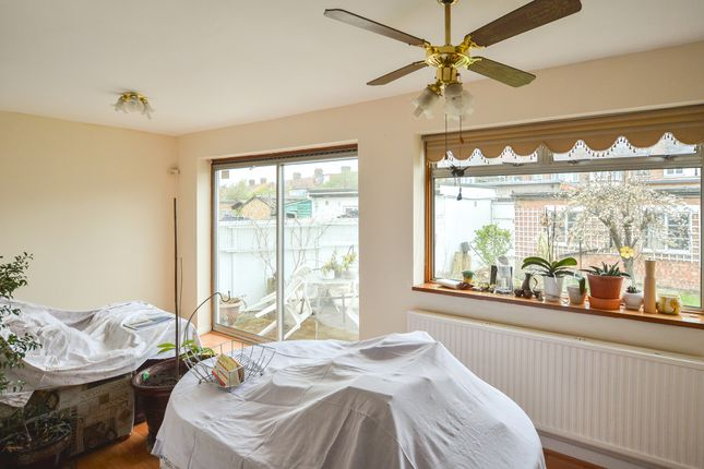 Thumbnail End terrace house to rent in Bexley Gardens, London