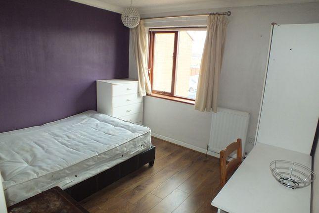 Thumbnail Room to rent in Brooks Croft, Castle Vale, Birmingham