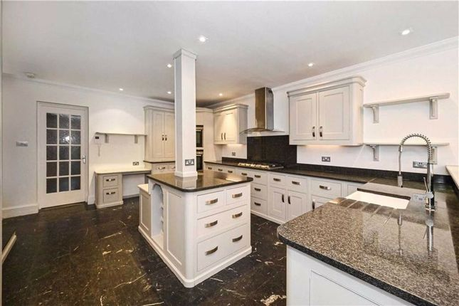 Thumbnail Property to rent in Grove End Road, St Johns Wood, London