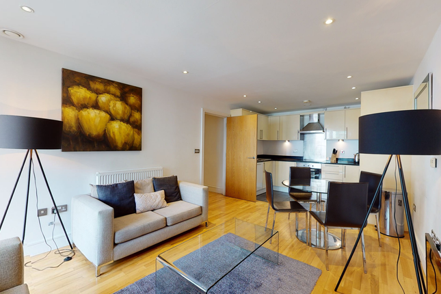 Thumbnail Flat to rent in 25 Indescon Square, Canary Wharf