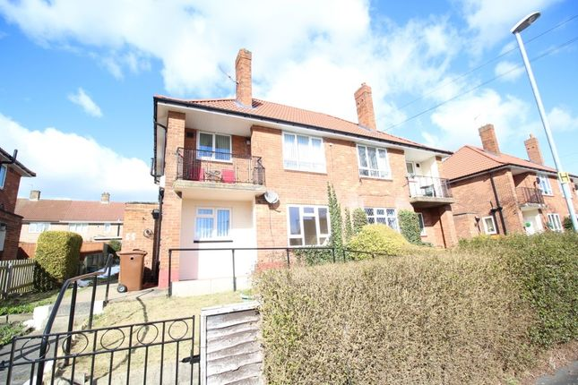 Thumbnail Flat to rent in Swardale Green, Leeds
