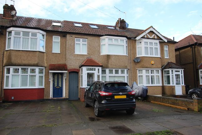 Thumbnail Terraced house for sale in Sandringham Close, Enfield