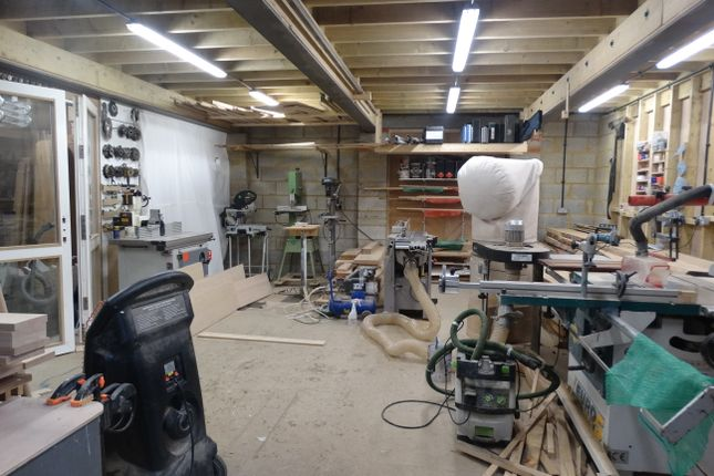 Light industrial to let in South Barn, Washington, Pulborough