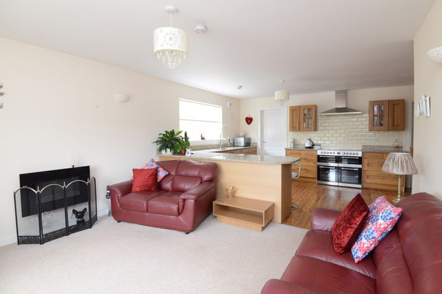 Family Room of Crookedshields Road, Nerston Village, East Kilbride G74