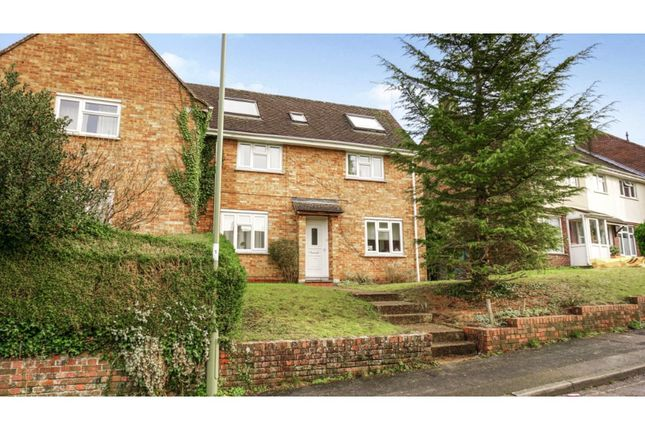 5 bed semi-detached house for sale in Moss Road, Winchester SO23