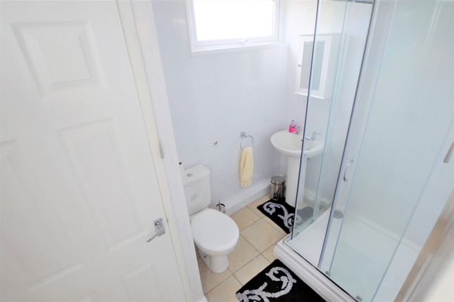 Shower Room of Carmarthen Bay, Kidwelly SA17