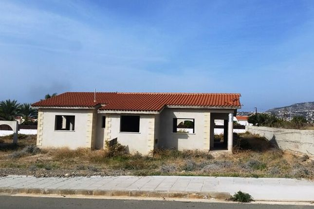 3 bed bungalow for sale in 3 Bedroom Bungalow In Peyia, Paphos, Cyprus