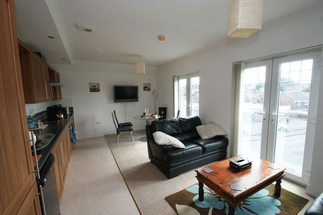 Thumbnail Flat to rent in The Avenue, Nunthorpe, Middlesbrough