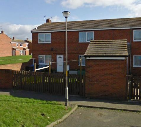 Thumbnail Flat to rent in Simonside Crescent, Hadston