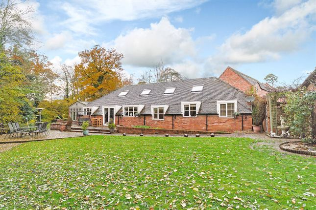 Thumbnail Property for sale in Sherbourne Court, Sherbourne, Warwickshire
