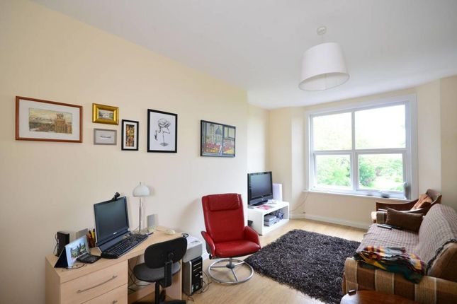 Thumbnail Flat to rent in Mount View Road, Crouch Hill, London