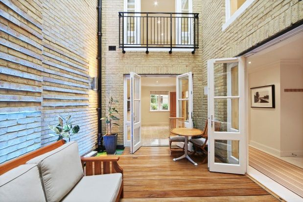 Thumbnail Property to rent in Vantage Place, Kensington