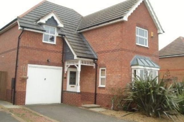 3 bed detached house to rent in Birchen Close, Hampton Hargate, Peterborough