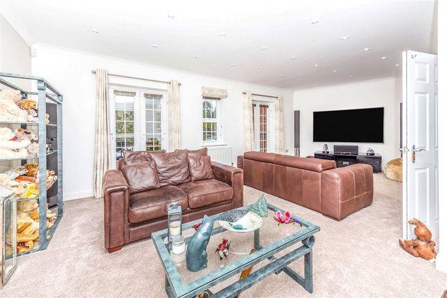 Living Room of Boyes Crescent, London Colney, St. Albans AL2