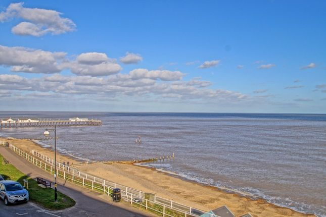 Thumbnail Flat for sale in North Parade, Southwold