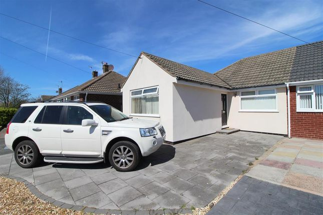 2 bed bungalow to rent in East Pines Drive, Thornton Cleveleys FY5