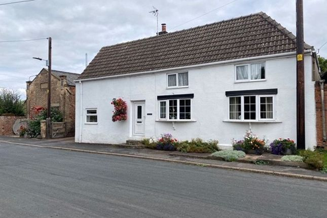 Thumbnail Cottage for sale in Low Burnham, Epworth, Doncaster