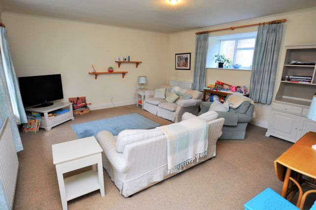 Thumbnail Cottage to rent in Killingworth Village, Killingworth, Newcastle Upon Tyne
