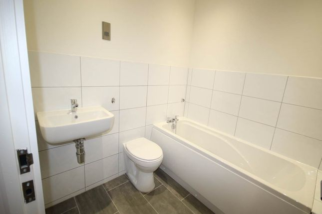 Thumbnail Property to rent in Cape Street, Bradford