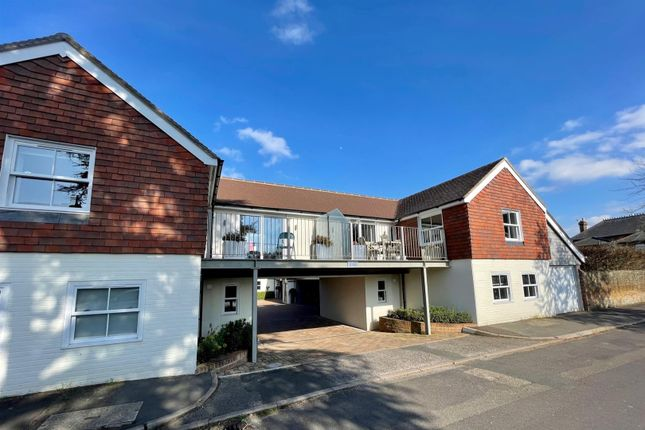 2 bed mews house for sale in Eastwood Road, Bramley, Guildford GU5
