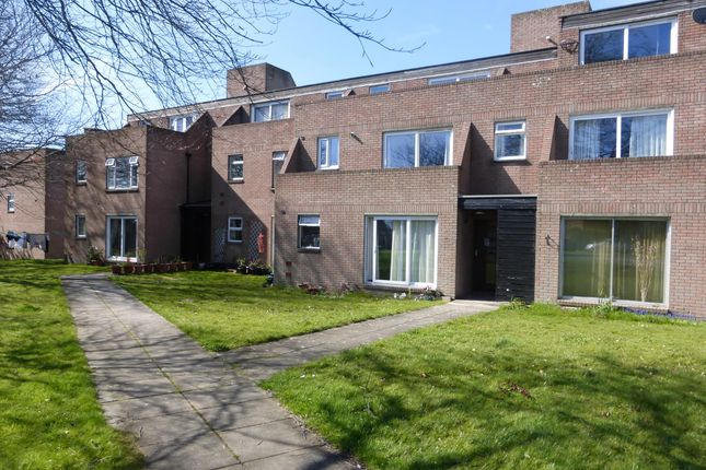 Thumbnail Flat to rent in Fourgates Road, Dorchester