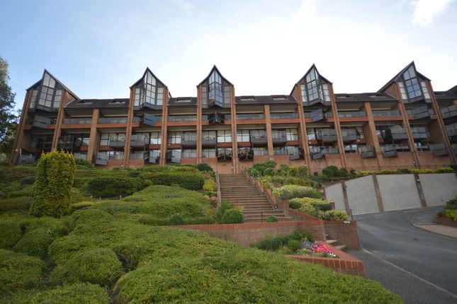 2 bed flat for sale in Sealand Court, Esplanade, Rochester, Kent ME1