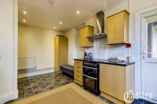 Flat to rent in Fortis Green Road, Muswell Hill