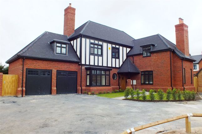 Thumbnail Detached house for sale in Kingshurst Gardens, Bretforton Road, Badsey, Worcestershire
