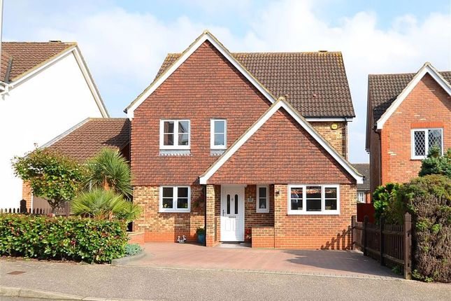 Thumbnail Detached house to rent in Thirlmere, Stevenage