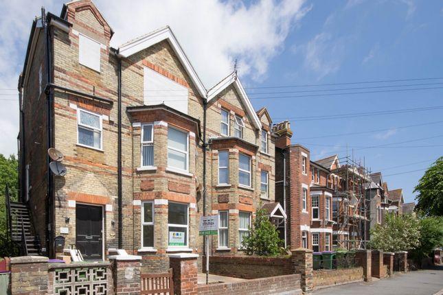 Thumbnail Flat to rent in Brockman Road, Folkestone
