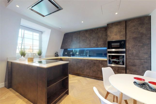 Thumbnail Flat for sale in Cambridge Court, Sussex Gardens