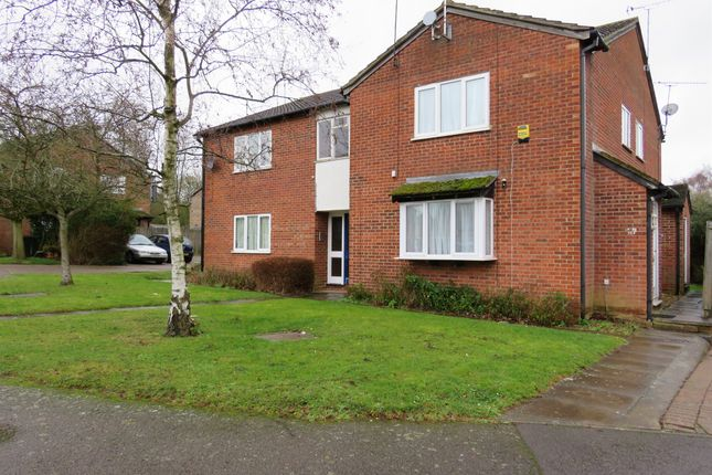 Thumbnail Studio for sale in Sorrell Close, Luton