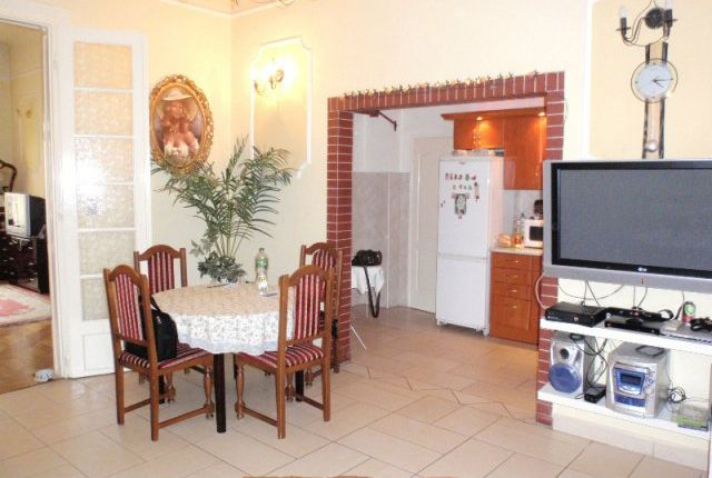 2 bed apartment for sale in Baross U, Budapest, Hungary
