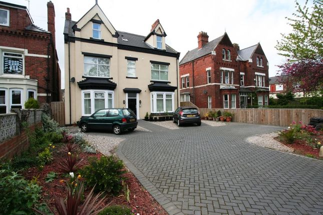 Thumbnail Flat to rent in The Avenue, Middlesbrough