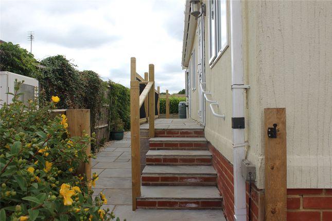 Picture No. 12 of Chapel Farm, Guildford Road, Normandy, Surrey GU3