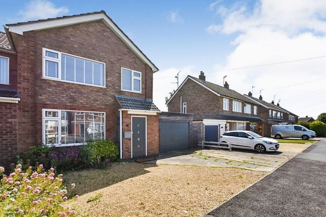 Thumbnail Semi-detached house to rent in Lonsdale Road, Stamford