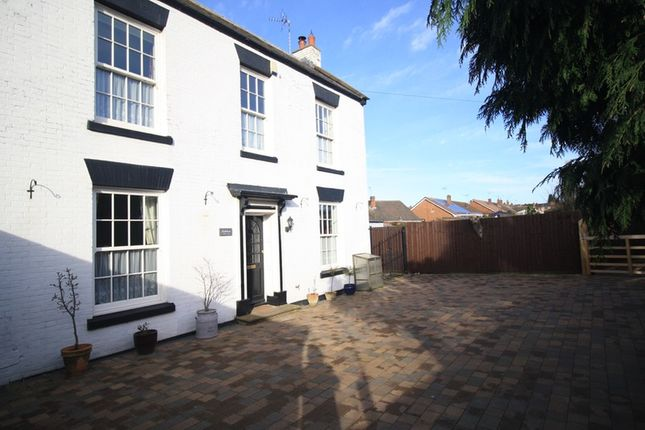 Thumbnail Detached house for sale in Startin Close, Exhall, Warwickshire