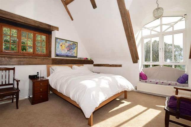 Bedroom 1 of Wierton Hill, Boughton Monchelsea, Maidstone, Kent ME17