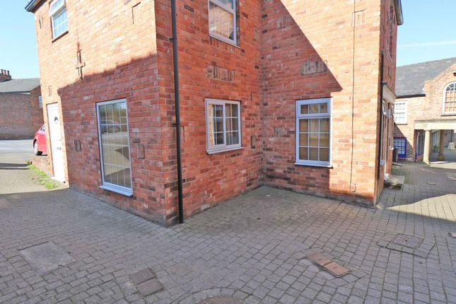 Thumbnail Flat for sale in Fountain Court, Epworth, Doncaster