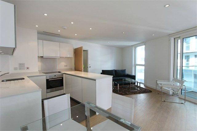 Thumbnail Flat to rent in Keats Apartments, 6 Saffron Central Square, Croydon