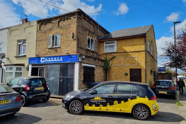 Thumbnail Commercial property for sale in Mandeville Road, Enfield