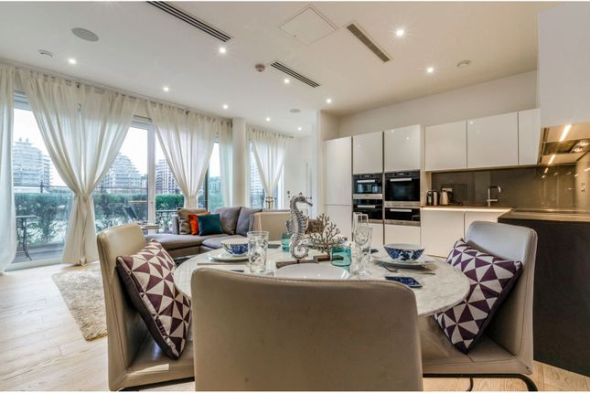 Thumbnail Flat for sale in Riverwalk Apartments- 5 Central Avenue, Fulham