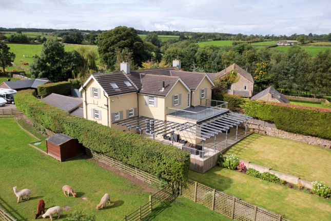 Thumbnail Detached house for sale in Skipton Road, Hampsthwaite, Harrogate