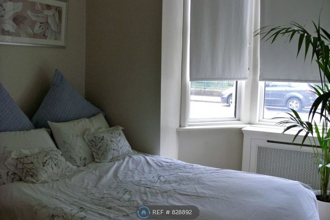 Bedroom 2 of Dempster Road, London SW18