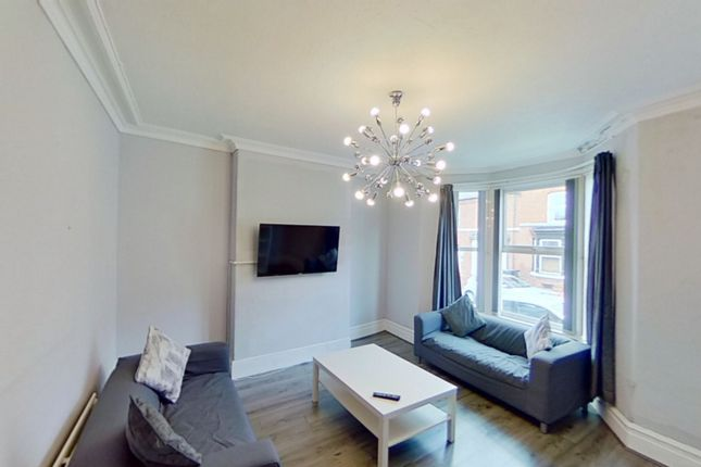 5 bed shared accommodation to rent in Chichester Street, Chester CH1