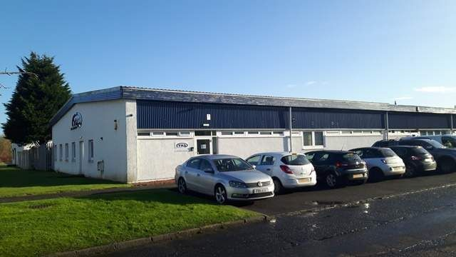 Thumbnail Retail premises to let in Napier Court, Wardpark North, Cumbernauld, Glasgow