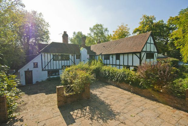 Thumbnail Detached house for sale in Woodhall Road, Pinner, Middlesex