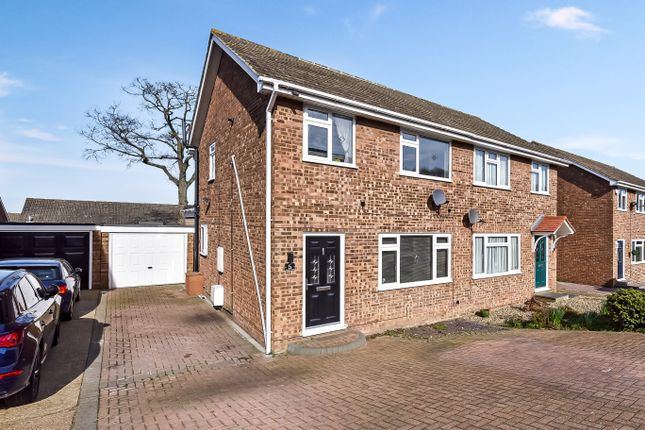 4 bed semi-detached house for sale in Goodwin Road, Cliffe Woods, Kent ME3