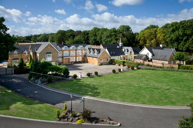 6 bed detached house for sale in Kemnal Road, Chislehurst, North Kent