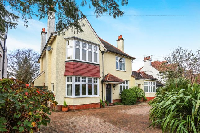 Thumbnail Detached house for sale in Holland Avenue, Cheam, Sutton